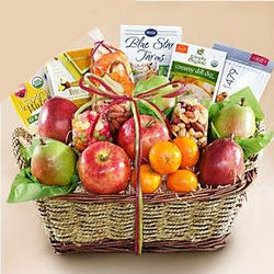 Deluxe Organic Fruit Assortment Gift Basket