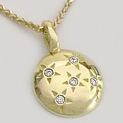 Starry Sky Five Star Necklace in 18K Gold with Melting Heart