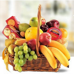 Classic Fruit & Cheese Gift Basket