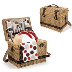Deluxe Picnic Basket For 2