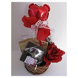Valentine Treats Sweetheart Basket