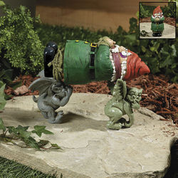 Gnome and Gargoyle Kidnappers Garden Statue