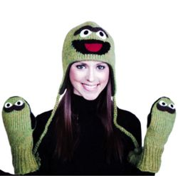Oscar the Grouch Knitwit Hat and Gloves