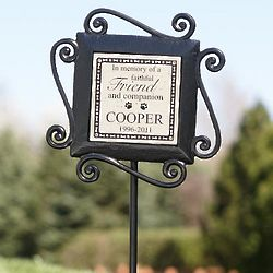 Personalized Dog or Cat Memorial Stake