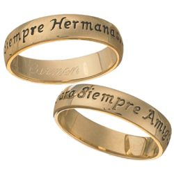Siempre Hermanas Engraved Sisters Sentiment Ring