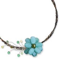 Verdant Floral Chic Beaded Necklace
