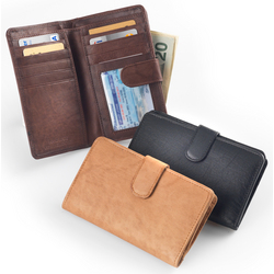 Woman's Classic Leather Wallet