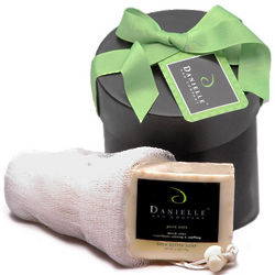 Organic Essentials Bath and Body Holiday Gift Basket
