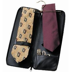 Personalized Royce Leather Deluxe Tie Case