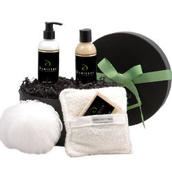 Deluxe Organic Bath & Body Holiday Gift Basket