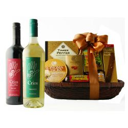 90 Point Rated Delectable Duet Wine Gift Basket
