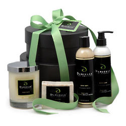 Ultimate Organic Bath & Body Signature Scent Holiday Gift Basket