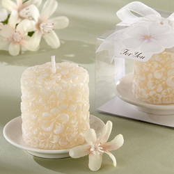 Plumeria Floral-Scented Candle with Ceramic Candle Holder Set