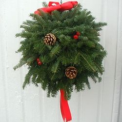 "14"" Balsam Fir Kissmas Ball"