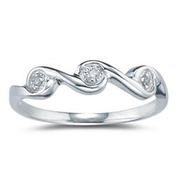 3-Stone Diamond Wave Band in White Gold