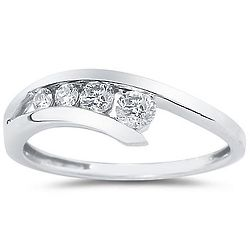 14K White Gold & Diamond Journey Ring