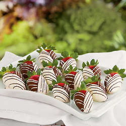 Chocolate Dipped Strawberries Gift Box