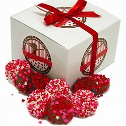 Heart Sprinkles Chocolate Oreos® Gift Box