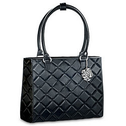 Princess Diana-Inspired Black Diamond-Pattern Purse