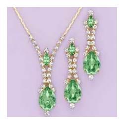 Peridot Shimmer Jewelry