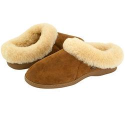 Ewe Collar Slipper