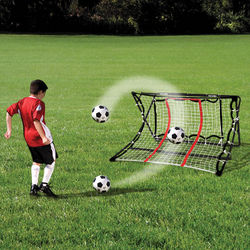 Ball Returning Soccer Trainer