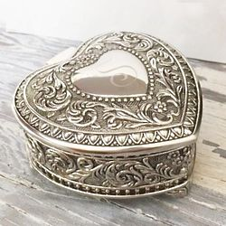 Engraveable Silver Genoa Heart Jewelry Box