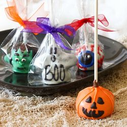 Mini Halloween Brownie Favor Pops