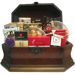 Hanukkah Kosher Gourmet Gift Chest