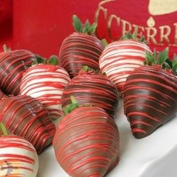 Build Your Own Chocolate Covered Strawberry Valentine's Combo