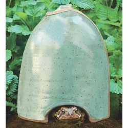 Jug Style Toad House