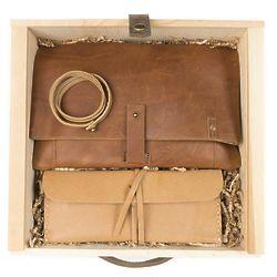 Parcel Foldover Leather Clutch Gift Set