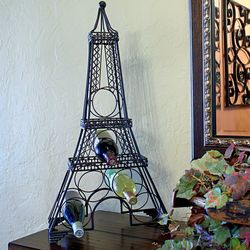 Eiffel Tower Metal Wine Rack
