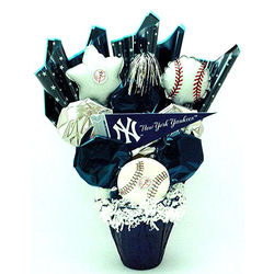 New York Yankees Cookie Pot Bouquet