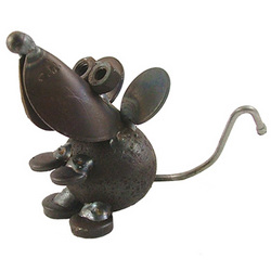 Church Mouse Desk Critter