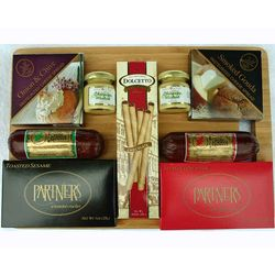 Deluxe Northwoods Cheese Spread and Sausage Cutting Board Set