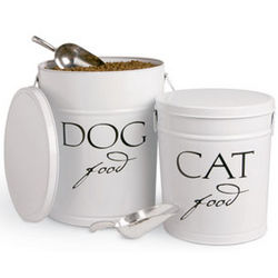 Dog or Cat Food Can with Scoop