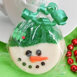 Snowman White Chocolate Covered Oreo Cookies