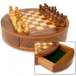Circle Wood Chess Set