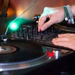 DJ Lessons in New York, LA, or Miami