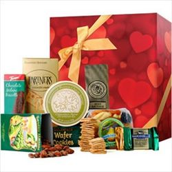 Gourmet Hearts Sweet and Savory Gift Box