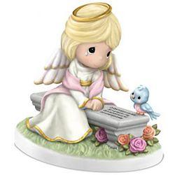 Heaven's Embrace Remembrance Figurine