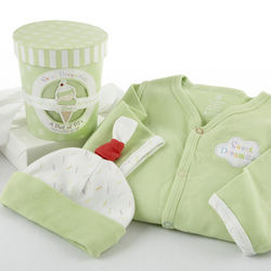 Sweet Dreamzzz Pint of PJs Sleep Time Gift Set in Lime