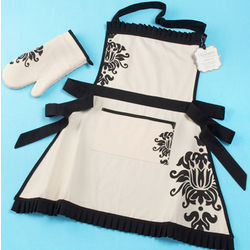 Kensington Personalized Apron and Oven Mitt