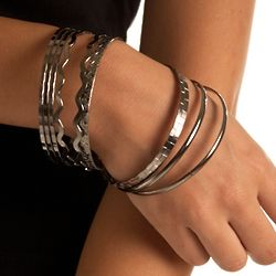 Mismatched 9-Piece Metallic Bangle Bracelet