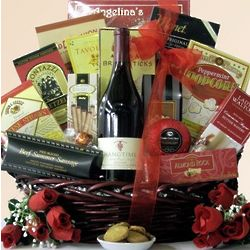 Hang Time Pinot Noir Father's Day Wine Gift Basket