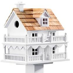 Cape Cod Birdhouse