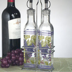 Small Grapes Design Oil and Vinegar Set