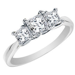 Princess Cut Diamond 14 Karat Engagement Ring