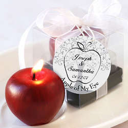 Apple of My Eye Mini-Candle in Gift Box